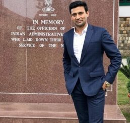 Sangram Singh Gave Fitness Tips for Civil Service Probationers